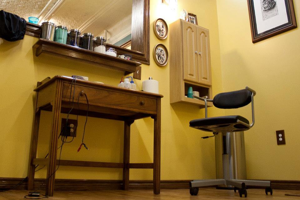 interior design tattoo parlor joy studio design gallery best design. Black Bedroom Furniture Sets. Home Design Ideas